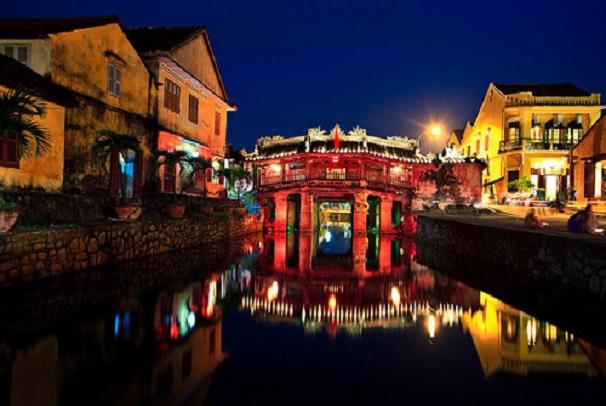 Tour du lịch Đà Nẵng 5 ngày 4 đêm (Con đường di sản Miền Trung)