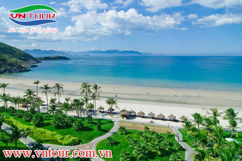 Tour du lịch Nha Trang 4 ngày 3 đêm (Con Sẻ Tre - Vinpealland)