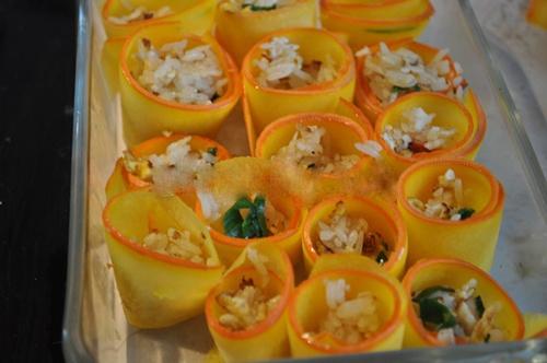 Du lịch Đà Lạt - Thưởng thức món cơm cuộn bí đỏ