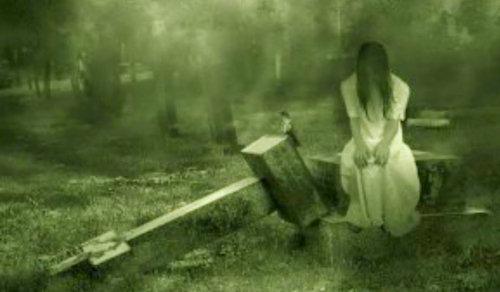 """""""Tháng cô hồn"""" và những điều phải tuyệt đối tránh theo dân gian"""