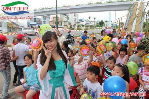 """"""" Ngày Hội Trăng Rằm 2014"""" cho trẻ em Gò Vấp"""