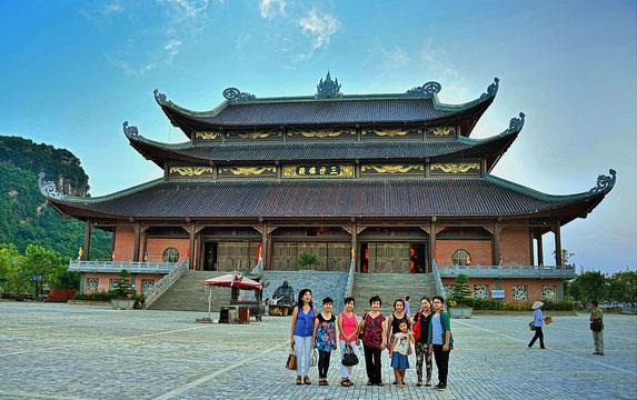 Tour du lịch Hà Nội  - Hạ Long 4 ngày 3 đêm (Tam Cốc - Yên Tử)