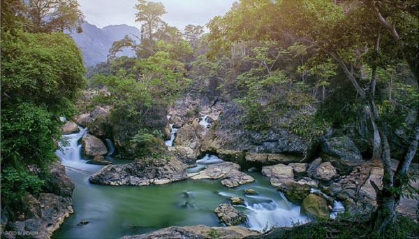 Hồ Ba Bể viên ngọc xanh Phương Bắc