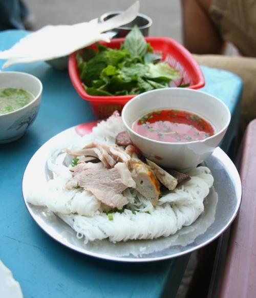 Khám phá biển thưởng thức 12 món ngon trứ danh tại Phan Thiết