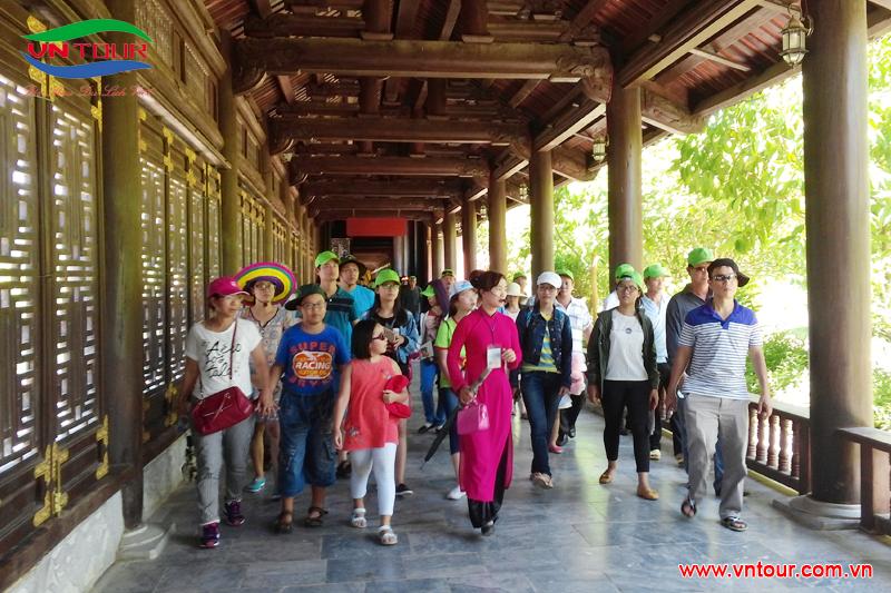 Công ty Xổ Số Kiến Thiết Ninh Thuận tham quan Miền Bắc, tháng 6 & 7 2015