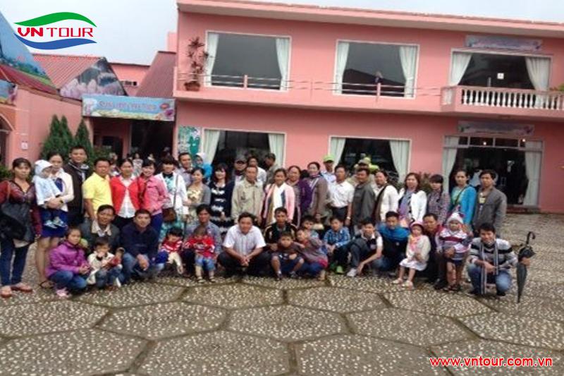 UBND xã Cần Đăng - tham quan Đà Lạt, tháng 6/2015