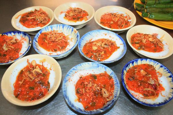 Thơm ngon bánh bèo miền Trung làm nức lòng du khách ghé thăm