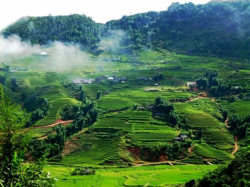 Tour du lịch Hà Nội - Bản Phước - Mai Châu - Cao Phong - Hòa Bình