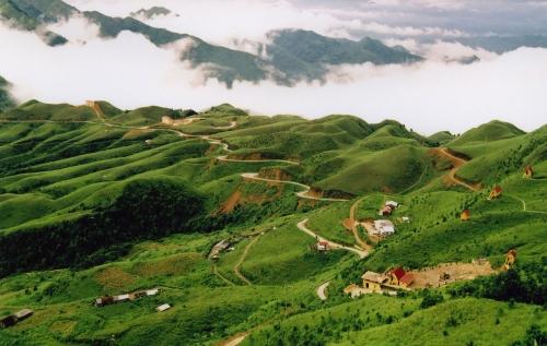 Tour du lịch Lạng Sơn - Cao Bằng - Pắc Pó - Hồ Ba Bể