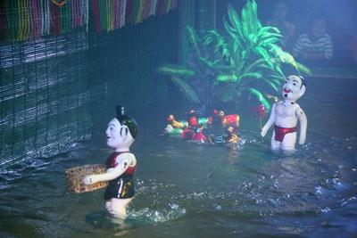 Đi tour du lịch Nha Trang Tết dương lịch xem múa rối nước