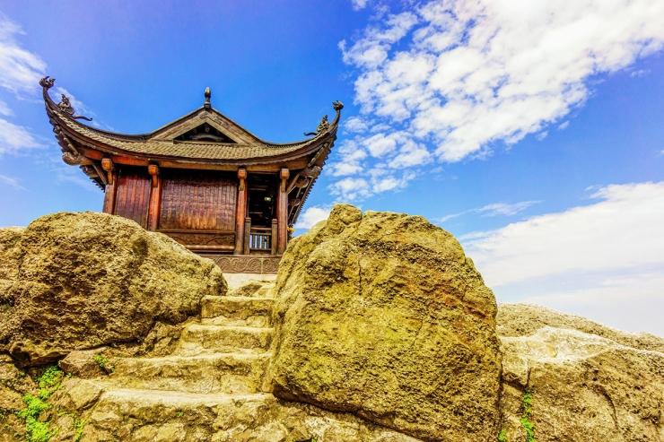 Tour du lịch Hà Nội - Tam Cốc - Bái Đính - Hạ Long - Yên Tử
