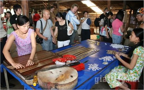 Lò Kẹo Dừa Bến Tre - Tour du lịch hè Tiền Giang - Cần Thơ 2 ngày 1 đêm