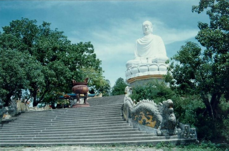 vung tau co gi choi - tuong phat