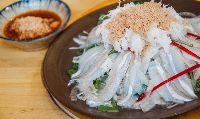 Du lịch Phan Thiết Tết-Món gỏi cá mai