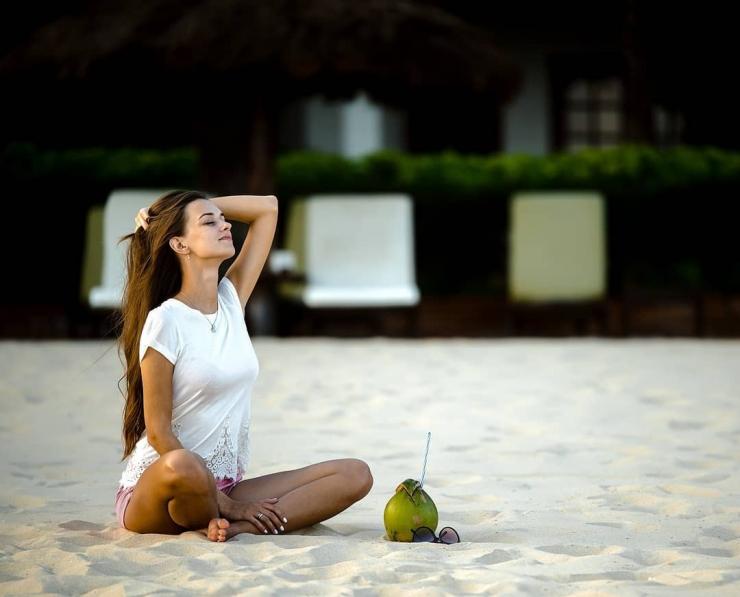 Tận hưởng làn gió biển tươi mát trên đảo Hòn Tằm Nha Trang