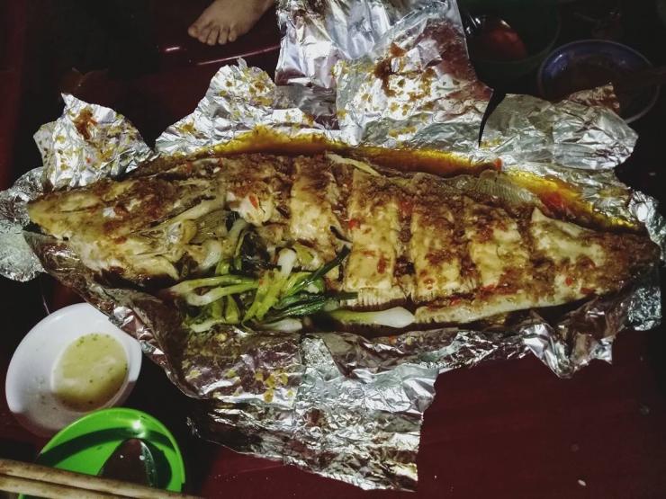 Cá bò da nướng giấy bạc ở Nha Trang