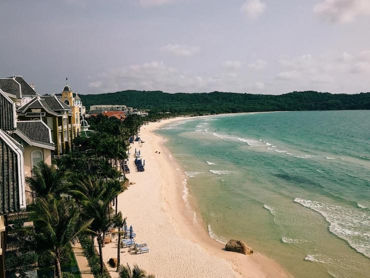 Phú Quốc với khí hậu mát mẻ thích hợp với mọi hoạt động vui chơi, nghỉ dưỡng