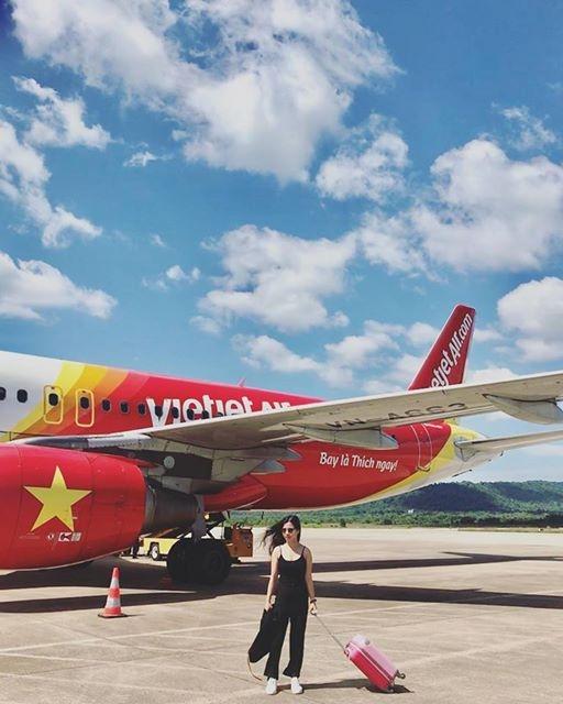 Các bạn có thể lựa chọn cho mình hãng hàng không Vietjet để đi đến Phú Quốc