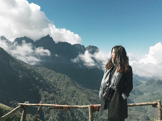 Cảm nhận mây bồng bềnh trên cổng Trời Sapa