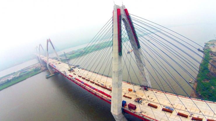 Cầu Nhật Tân Hà Nội