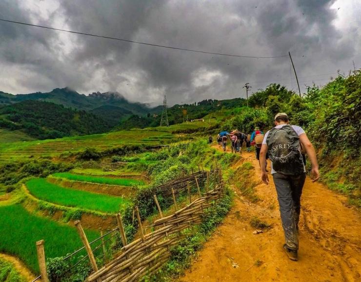Tour trekking bản Lao Chải Tả Van – Giàng Ta Chải – Hàm Rồng  4 ngày 4 đêm