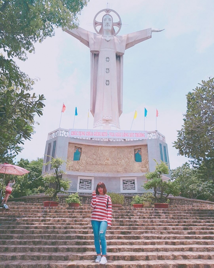 Checkin tại tượng Chúa Kitô Vua (Tượng Chúa giang tay)
