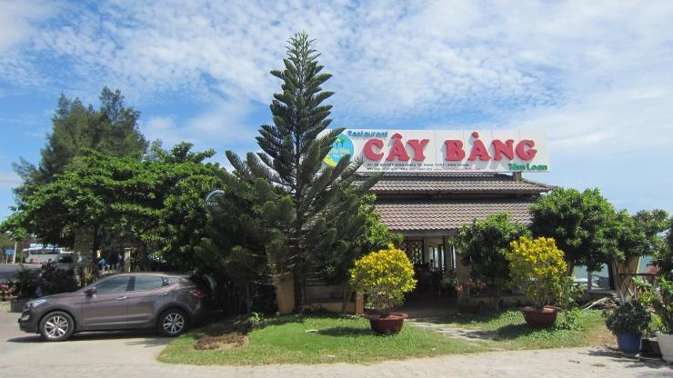 Nhà hàng cây bàng Phan Thiết
