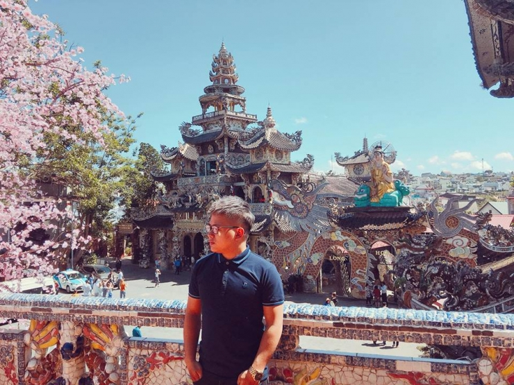 Du lịch Chùa Linh Phước - Chùa Ve Chai Đà Lạt