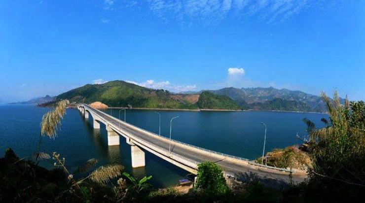 Cầu Pa Uôn