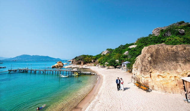 Tour du lịch Nha Trang: Bình Lập - Vinpearl Land
