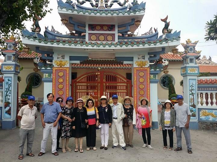 Đây cũng là nơi thu hút rất nhiều khách du lịch tới tham quan và viếng thăm