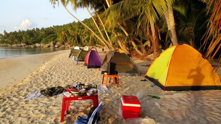 Cắm trại trên đảo Nam Du