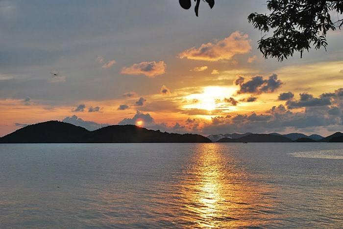 Hoàng hôn trên đảo Bà Lụa