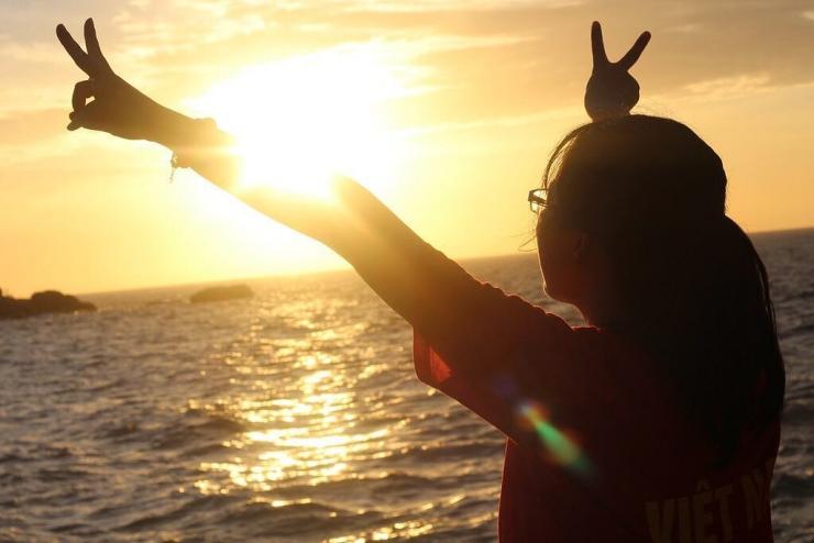 Ngắm bình mình ở Đầm Môn Vịnh Vân Phong
