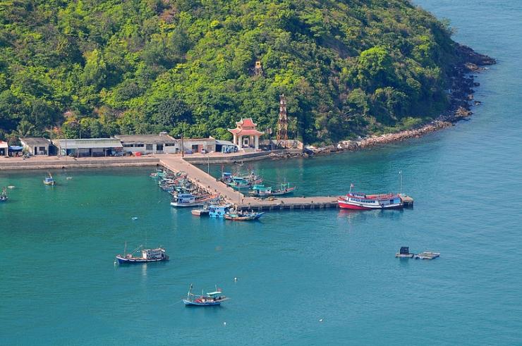 Bến thuyền trên đảo Nam Du