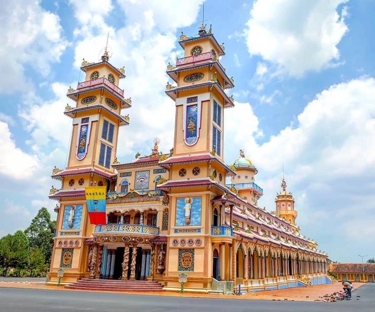 Tour du lịch Địa Đạo Củ Chi Tây Ninh hè 2018: Về Miền Đất Thép