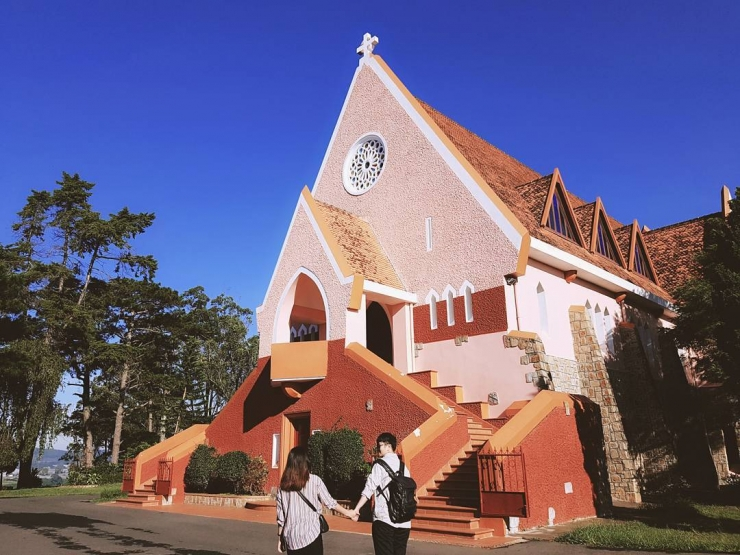 Khám phá nét đẹp của nhà thờ Domaine De Marie Đà Lạt