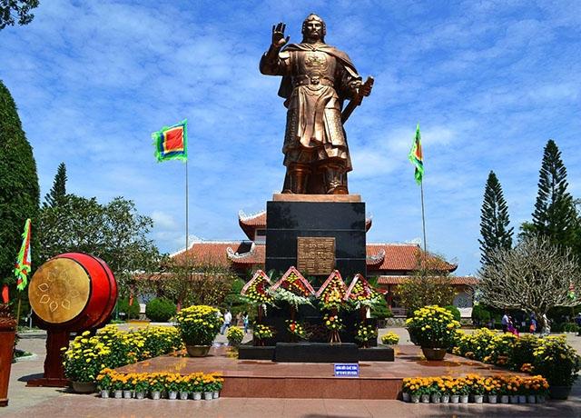 Tour du lịch Phú Yên - Quảng Ngãi - Hội An