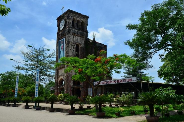 Tour du lịch Quy Nhơn - Huế - Phong Nha