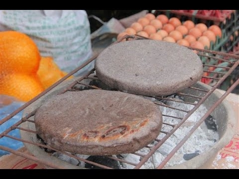 Bánh tam giác mạch Hà Giang