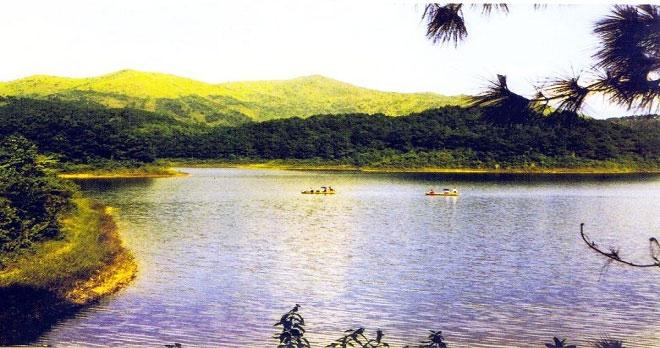 Hồ Cấm Sơn Hà Giang