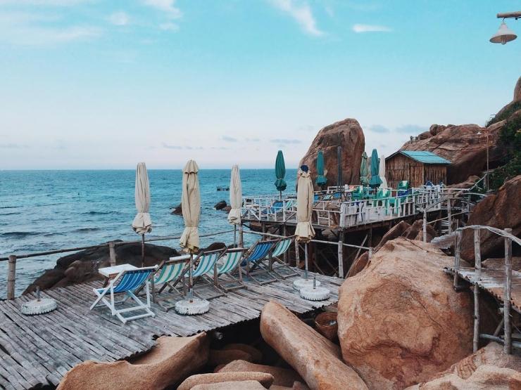Nhà nghỉ Bãi Nồm