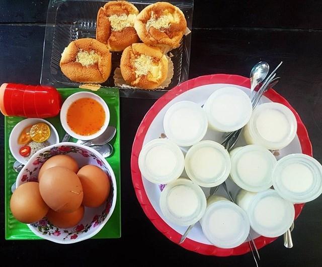 Yaourt - Trứng gà lòng đào Vũng Tàu