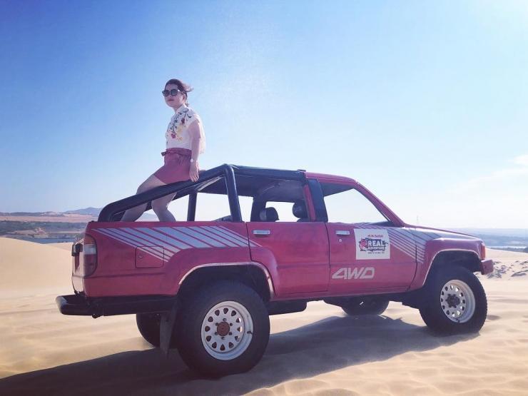 Tour du lịch Phan Thiết Mũi Né: Lâu Đài Rượu Vang - Đồi Cát Bay