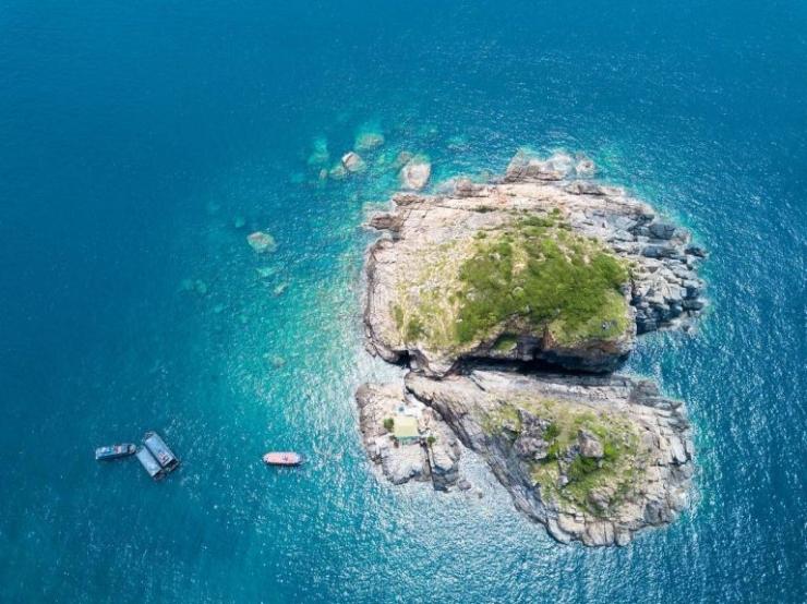 Đảo Hòn Mun Nha Trang nhìn từ trên cao xuống