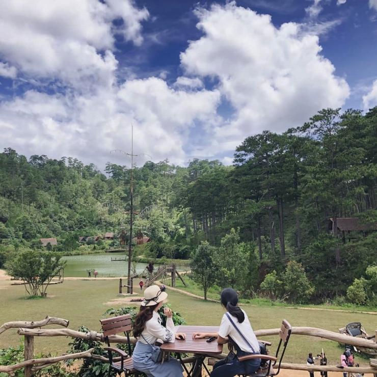 Khung cảnh bên trong làng Cù Lần Đà Lạt