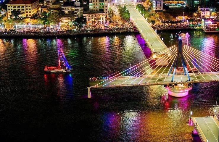 Cầu quay sông Hàn – biểu tượng mới của thành phố Đà Nẵng