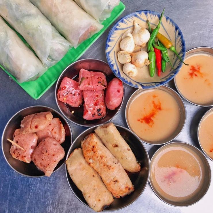 Nem chua nướng - Món ăn đặc sản của Quy Nhơn Bình Định