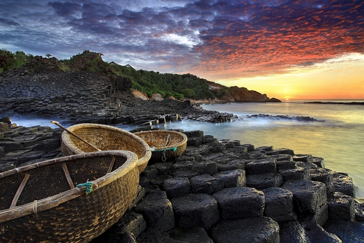 Gành đá đĩa Phú Yên đẹp như một bức tranh vẽ