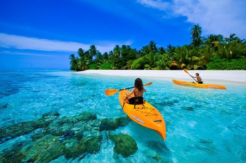Chèo thuyển kayak